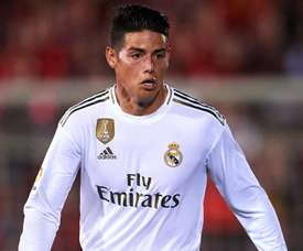 Madrid's James suffers knee injury
