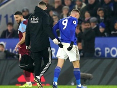 Jamie Vardy had to go off injured for Leicester just before the interval. GOAL