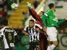 Santos e Chapecoense se enfrentam pela 33ª rodada do Campeonato Brasileiro. Goal