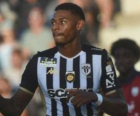 Deal agreed for former Arsenal attacker Reine-Adelaide to join Lyon. GOAL