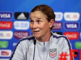 FA urged to target ex-US boss Ellis. Goal