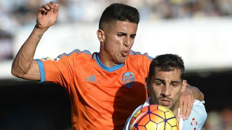 Joao Cancelo Jonny Castro Celta Vigo Valencia La Liga 07112015