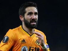 Wolves tie Moutinho to new deal. GOAL