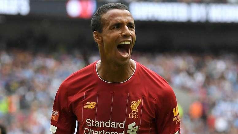 Liverpool, ufficiale il rinnovo di Matip: prolunga il contratto fino al 2024