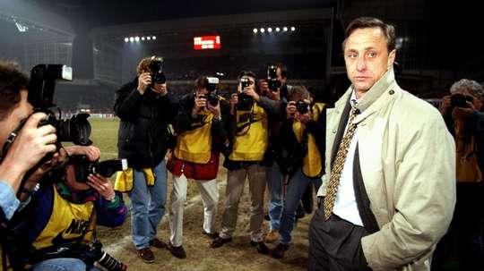 Cruyff mudou o Barcelona e o futebol para sempre. Goal