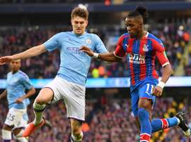 Do not allow Zaha to run - Guardiola slams slack City. GOAL