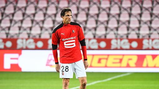 Rennes en 4-3-3 à Séville, avec Jonas Martin en sentinelle. goal