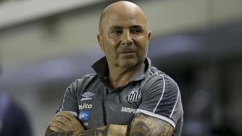 Sampaoli steps down as Santos coach