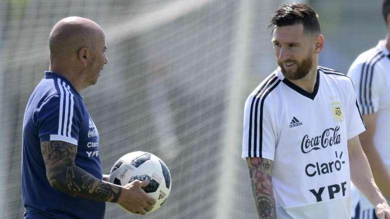 Pin Messi de novo visual em último treino da Argentina.Goal 37d32bba8c9b1