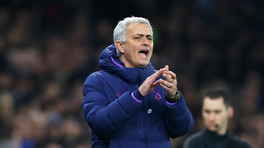 Mourinho wants referees to have final say on VAR calls