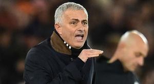 Mourinho se voit entraîner en L1. Goal