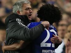 Mourinho já tirou Willian do Tottenham uma vez. EFE