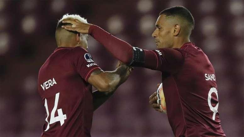 Novo tropeço do São Paulo: gols de 'quarentão' e rival parado há sete meses. AFP