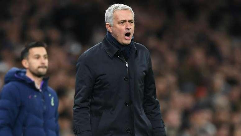 Mourinho dismisses rumours