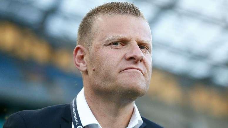 Gombau sacked by Western Sydney Wanderers