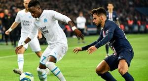 Jouer pour la France ou le Sénégal ? Bouna Sarr entretient le doute. GOAL
