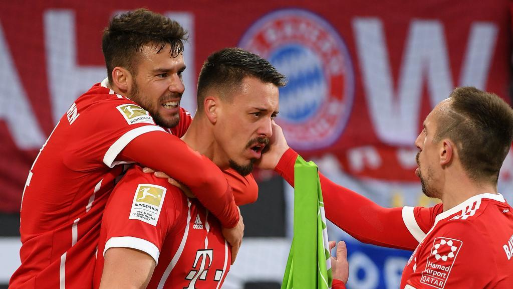 Prochain article Pin Le Bayern après un but de Wagner. GoalWhatsappTwitterFacebookCommentaires 0
