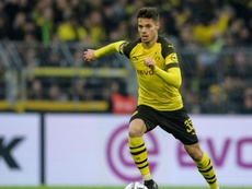 Julian Weigl told he must stay at Dortmund. GOAL