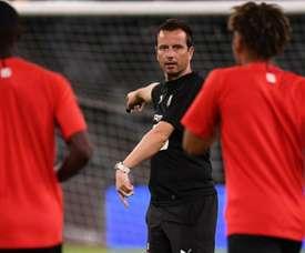 L'entraîneur du Stade Rennais est préoccupé. GOAL