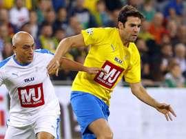 Com show de Kaká, lendas do Brasil vencem Israel em jogo festivo. GOAL