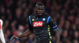 Arsenal investiga ato racista contra Koulibaly. Goal