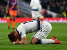 Pochettino feels sorry for Kane but hints at early return. GOAL