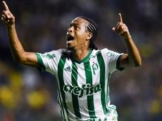 Keno scored Palmeiras' first. GOAL