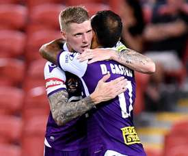 Glory scored twice in the final 10 minutes to come from behind and defeat Brisbane Roar. GOAL
