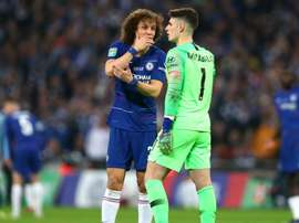 Luiz told Kepa to respect Sarri's choice to substitute him.  GOAL