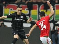 Cadê o VAR? Gol impedido elimina Benfica e gera reclamações na Europa League.