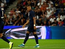 Après Cavani et Diallo, Paris perd Mbappé sur blessure. GOAL