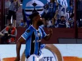 José Gómez ficou bastante afetado com o erro cometido ante o Grêmio. Goal