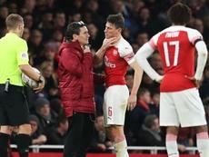 Arsenal boss Emery fears Koscielny jaw break in Man United loss.