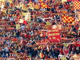 150 tifosi del Lecce sono stati bloccati da un agguato. Goal