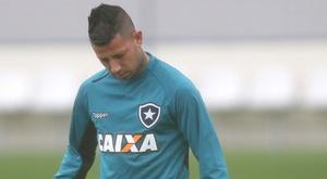 Leo Valencia Botafogo treino 19 07 2017