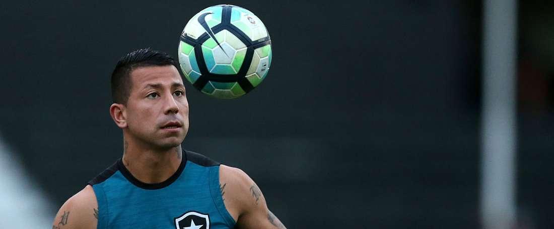 Botafogo inclui Leo Valencia, Brenner e Luis Ricardo na lista da Libertadores