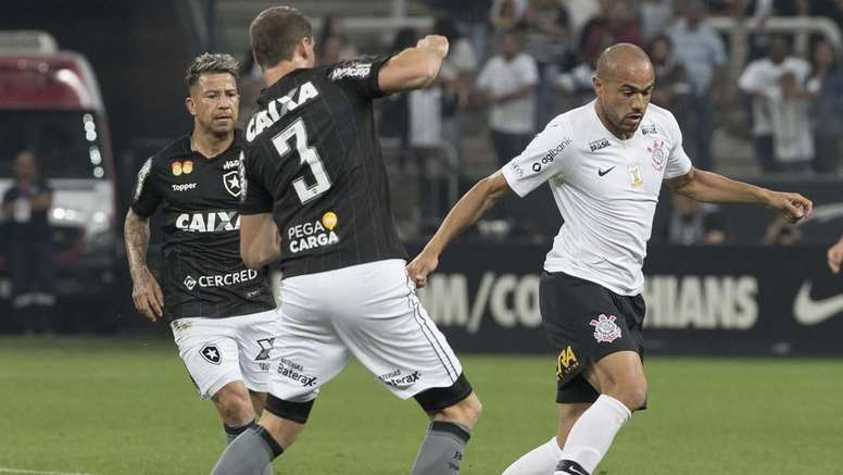 Roger Corinthians Botafogo Brasileirao Serie A 18072018. Goal