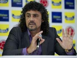 Leonel Alvarez pediu a demissão. Goal
