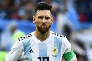 Impossível pensar na Argentina sem Messi, tranquiliza Burruchaga