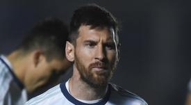 Cesc Fabregas acredita que Lionel Messi adaptou o seu jogo com a idade. Goal