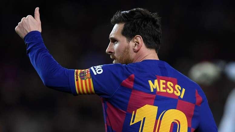 Sylvinho pense que Messi peut mener le Barça vers le titre en C1. goal