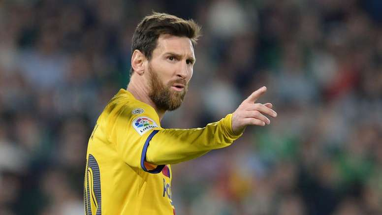 Messi chiarisce: 'Voglio rimanere al Barcellona'