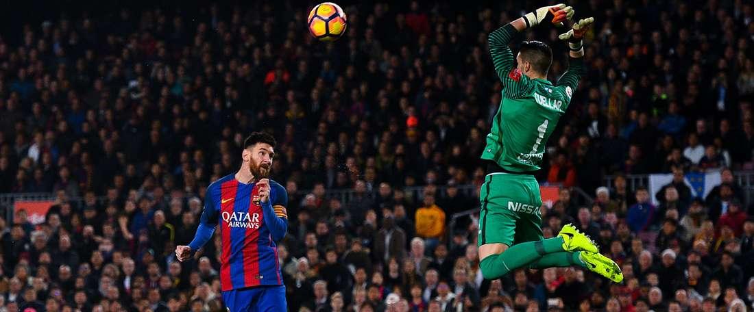 Barcelona massacra o Sporting Gijón em casa e assume a liderança provisória em La Liga. Goal
