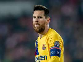 Messi in no rush to extend Barcelona contract. GOAL