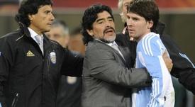Mais uma de Maradona. Goal