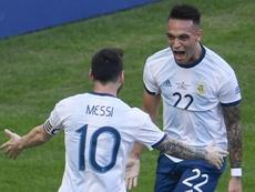 Pour Scaloni, Messi peut jouer avec Lautaro au Barça. GOAL