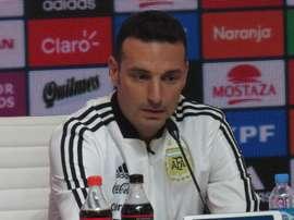Scaloni exalta exibição da Argentina mesmo após derrota para a Seleção Brasileira