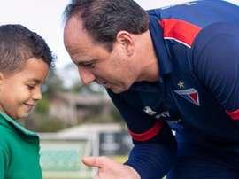 Uma tarde 'além do futebol' para Ceni em Chapecó