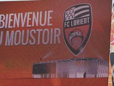 Adrian Grbic signe à Lorient. GOAL