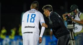 Lucas Barrios e Renato